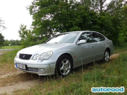 Lexus GS 300 photo 1